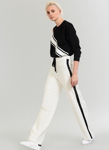 People By Fabrika Yanları Şeritli Bol Pantolon Beyaz